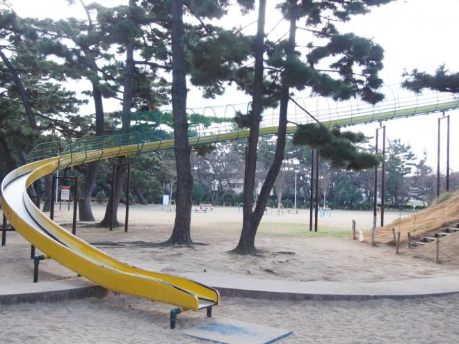 浜寺公園_タコ横滑り台2