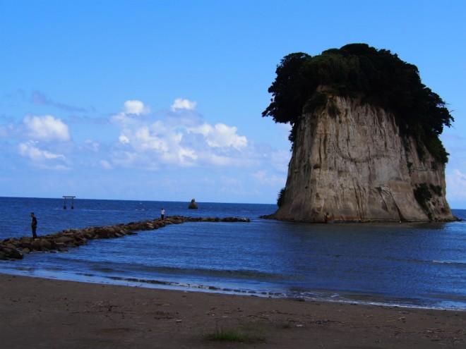 見附島岩場